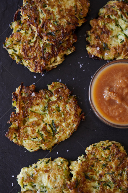 Zucchini latkes with dipping sauce