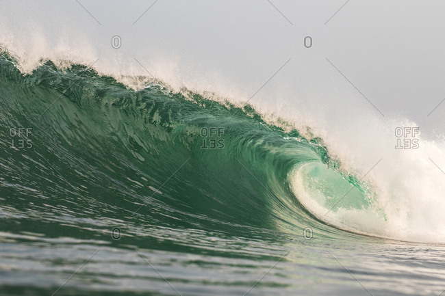 Rolling turquoise waves