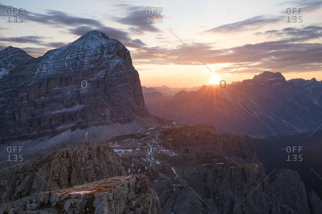 Tofana di Rozes mount at dawn, Dolomites, Cortina d'Ampezzo, Italy