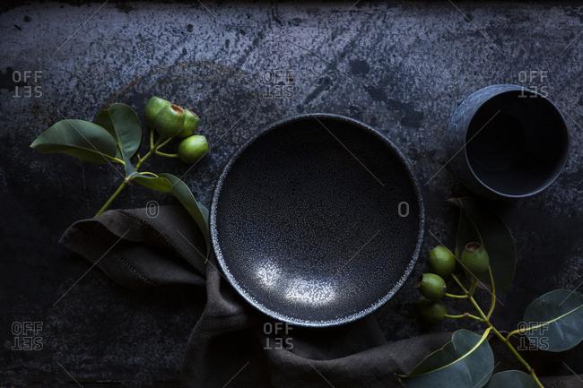 Dark ceramics