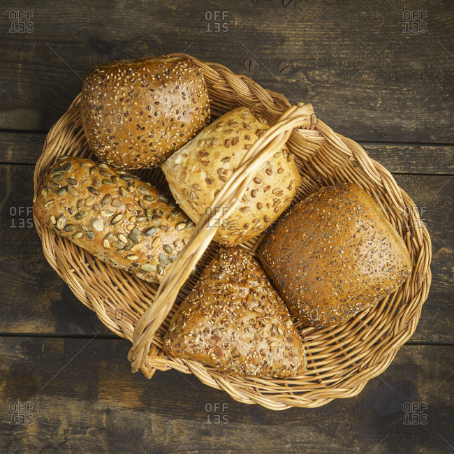 Basket with different grain rolls