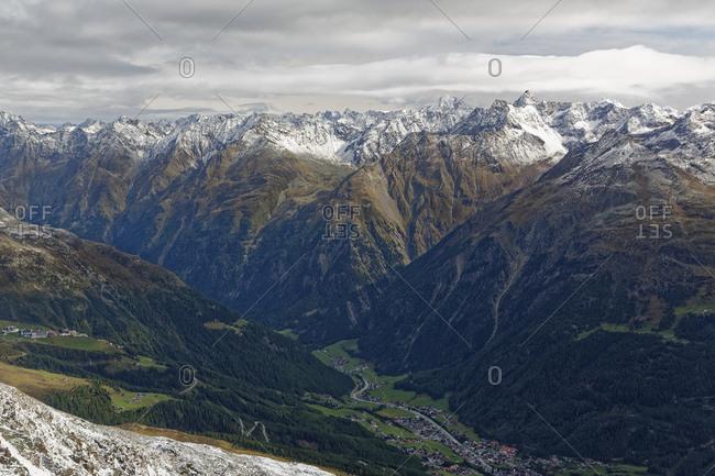 Austria- Tyrol- Oetztal- view from Gaislachkogel to Oetztal Alps and Soelden