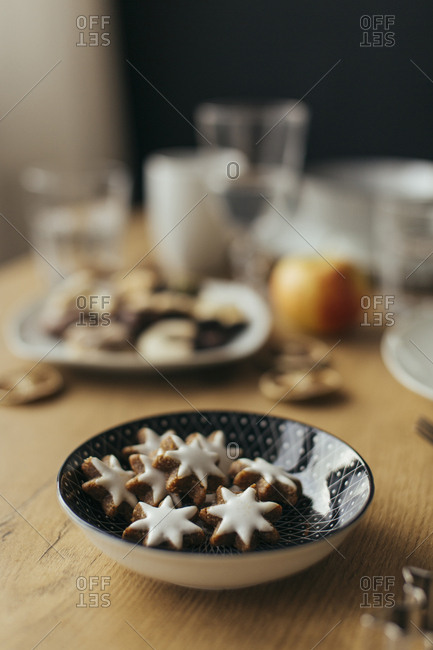 Bowl of cinnamon stars