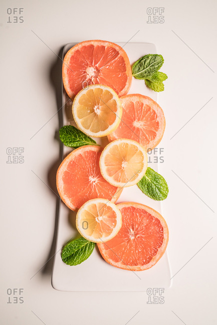 Citrus slices and mint