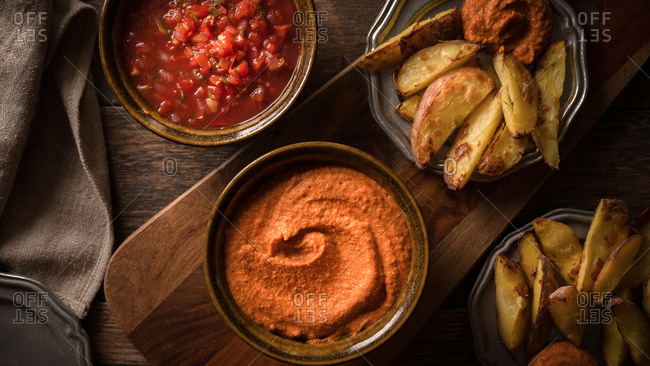Red pepper dip and air fried potatoes