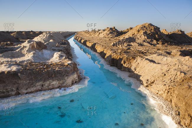 Channels possessing a mineral density of 95%, saline near Khur, Iran