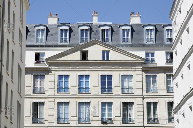 Paris, 1st arrondissement, rue de la Ferronnerie. Facade of residential buildings.