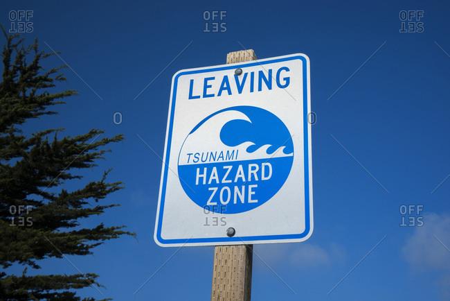 USA, California,  Sonoma County, Bodega Bay, tsunami evacuation panel