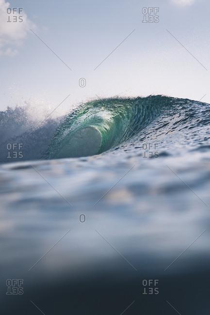 Ocean wave rolling