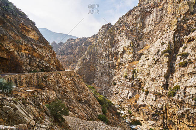 Rocky cliffs in Kings Canyon National Park
