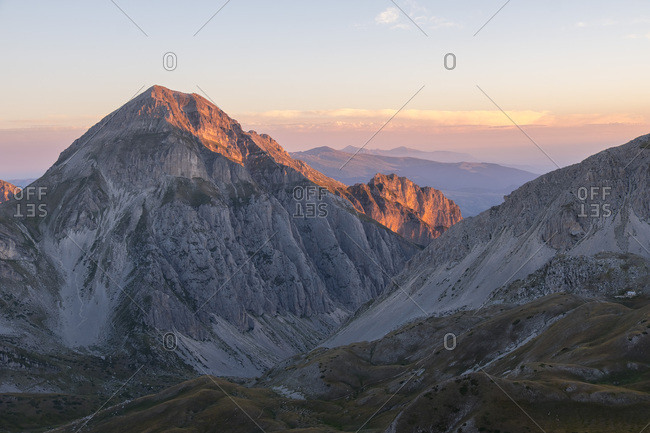 Sunrise on the mountains, Gran Sasso e Monti della Laga National Park, Abruzzo, Italy, Europe