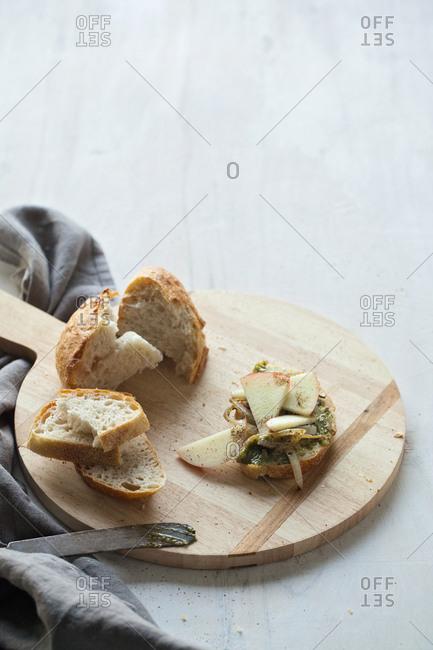 Apple onion bruschetta