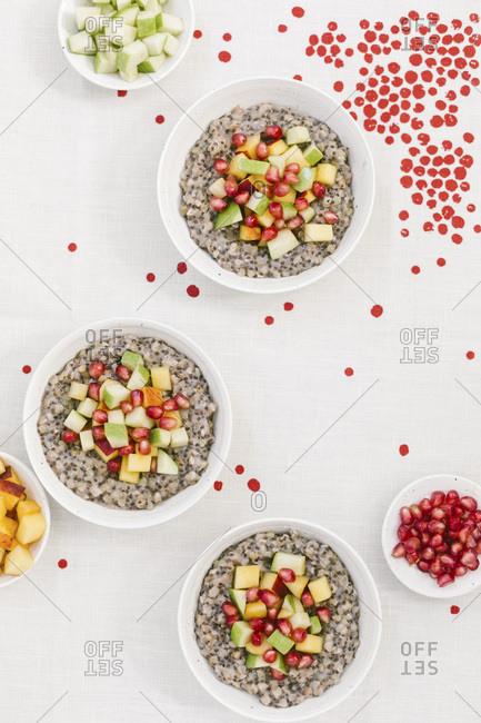 Overnight buckwheat porridge topped off with fruit