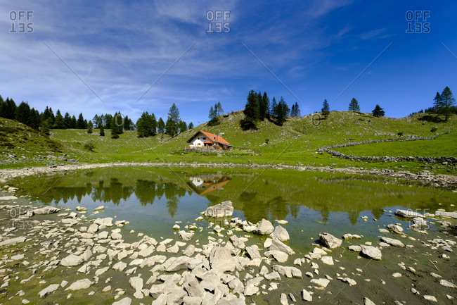 Germany- Bavaria- Upper Bavaria- Mangfall Mountains- Sudelfeld- Seeon Alm with Seesonsee