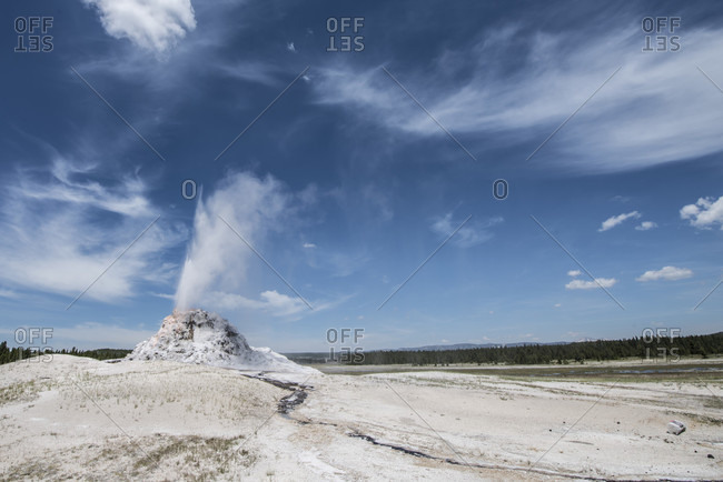 Scenery of White Dome Geyser, Firehole Lake Drive, Yellowstone National Park, Wyoming, USA