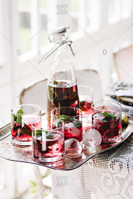 Holiday cocktails with mint