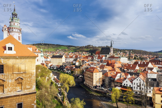 Czech Republic, South Bohemia, Cesky Krumlov, Storm clouds above old town