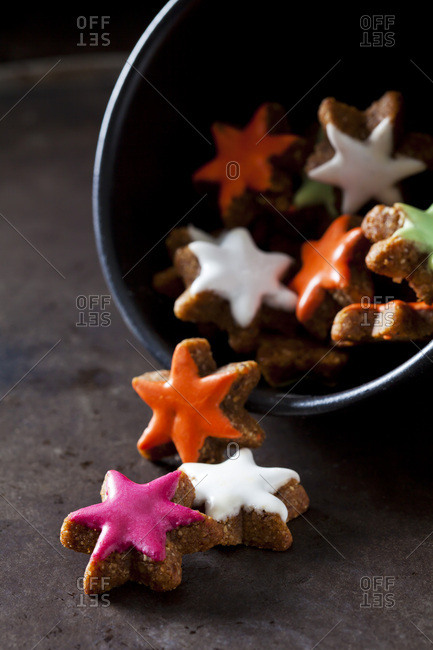 Home-baked colored cinnamon stars