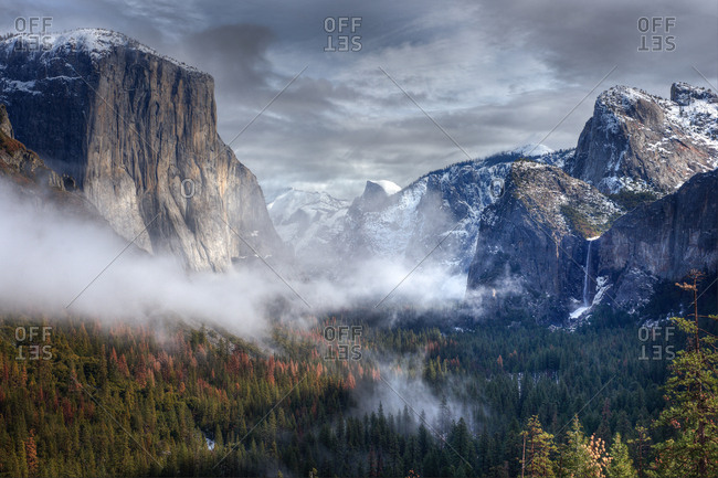 View of Yosemite Valley in a winter morning