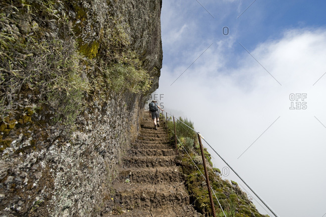 Hiking trail from Pico do Arieiro, 1818m, to Pico Ruivo, 1862m, Madeira, Portugal, Europe