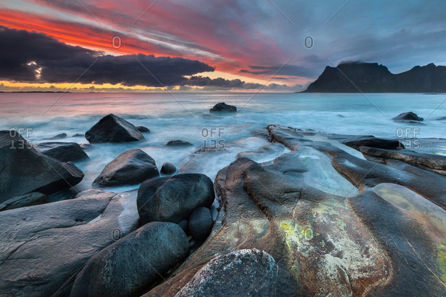 Evening mood on the coast near Utakleiv, Vestvagoya, Lofoten, Nordland, Norway, Europe