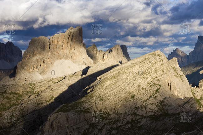 Mount Averau, 2649 m, Mount Nuvolau, 2575 m, Mount Ra Gusela, 2595 m, and Mount Croda Negra, 2518 m, Dolomites, Alto Adige, South Tirol, Alps, Italy, Europe
