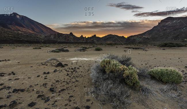 Volcano Pico del Teide, height 3718m, rock formation Roques de Garcia, sunrise, national park Parque Nacional del Teide, Tenerife, Canary Islands, Spain, Europe