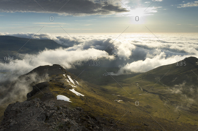 Clouds moving in, summit area of Mt Slaettaratindur, Eysturoy, Faroe Islands, Denmark, Europe