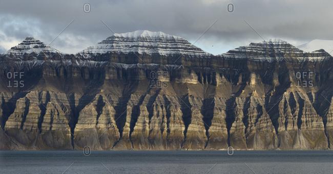 Rugged mountains, Isfjorden, Spitsbergen, Svalbard Islands, Svalbard and Jan Mayen, Norway, Europe