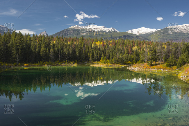 Fourth lake of valley of Five Lakes trail, Jasper National Park, UNESCO World Heritage Site, Canadian Rockies, Alberta, Canada, North America