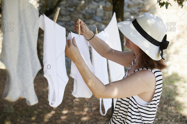 Drying laundry outside