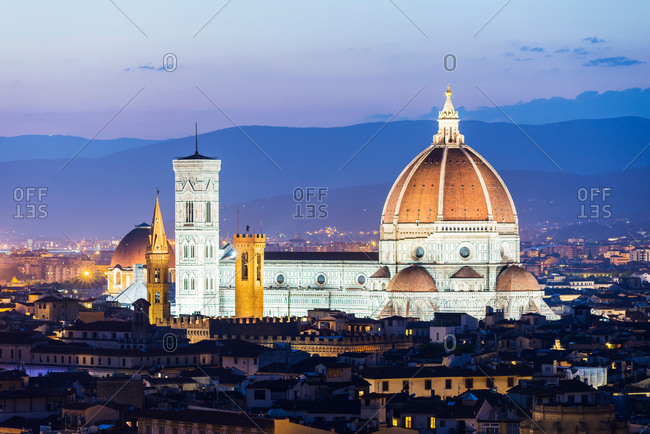 Cityscape with Florence cathedral at dusk, Florence, Tuscany, Italy