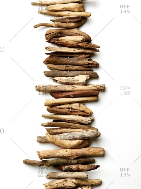 Vertical driftwood arrangement