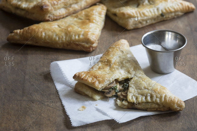 Mushroom spinach turnover with salt