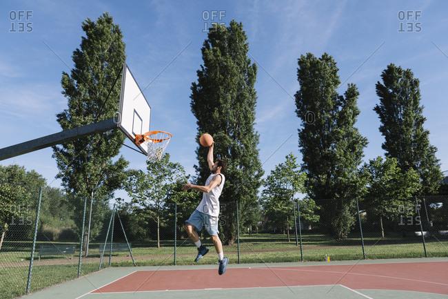 Man playing basketball