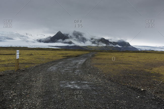 A gravel road in Iceland