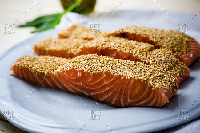 Single serving of sesame covered salmon