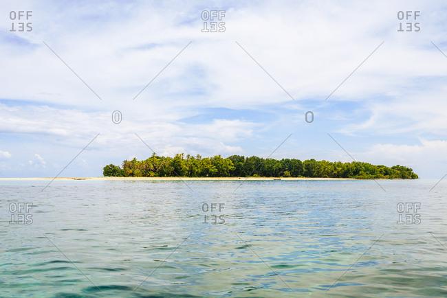 Idyllic uninhabited island of Cayo Zapatilla in Bocas del Toro, Panama