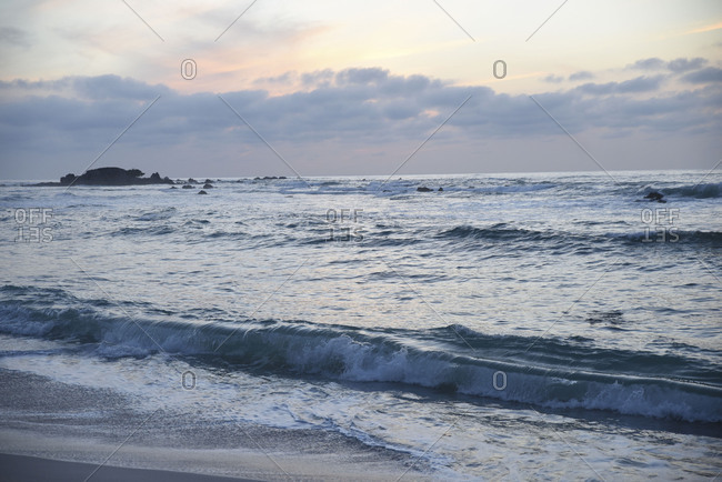 Wide ocean view at sundown