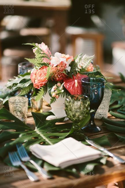 Creative theme wedding reception table decor