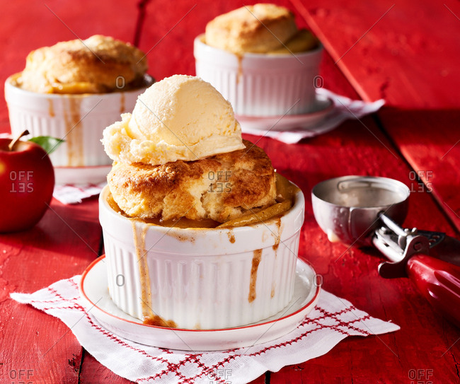 Classic apple cobbler alamode