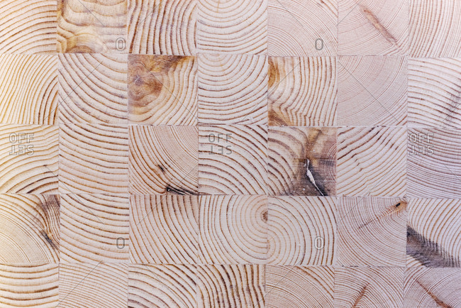 Wooden squared surface pattern