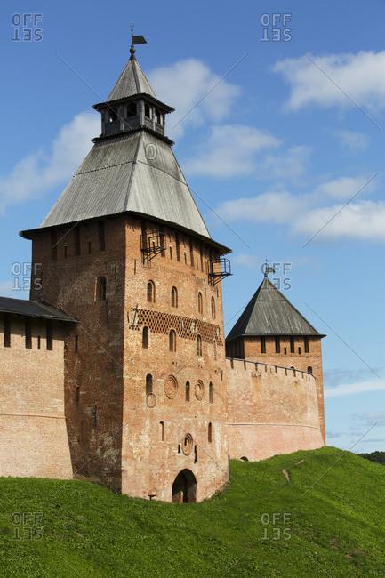 Spasskaya Tower (left), Dvortsovaya Tower (right), both 15th century, Kremlin Wall; Veliky Novgorod, Novgorod Oblast, Russia