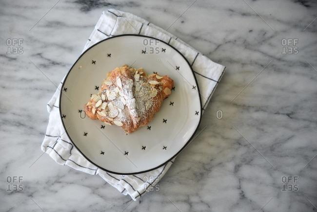 Almond scone