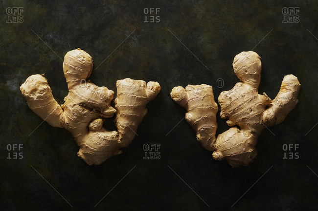 Pieces of raw ginger