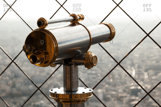 Telescope viewer over Paris