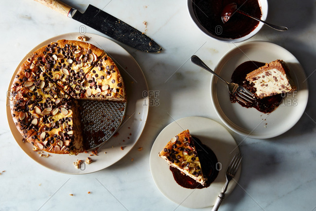Ricotta cheesecake pie with chocolate coffee ganache