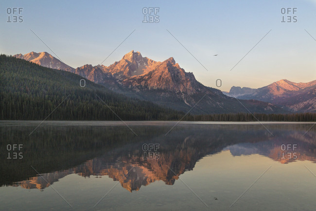 Mcgown Peak and Stanley Lake at sunrise, Sawtooth Wilderness, Sawtooth National Recreation Area, Stanley, Idaho, USA
