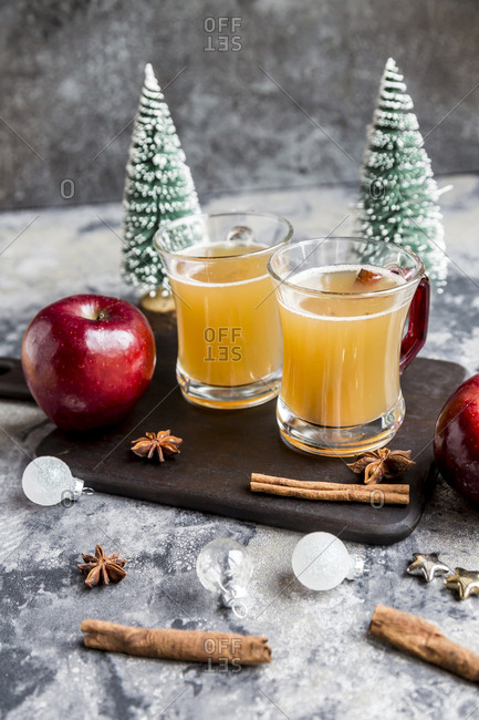 Apple punch- apple- cinnamon- star anise