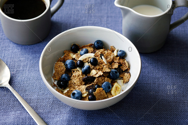 Cereal with berries, close-up